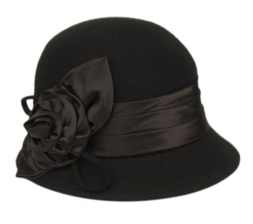WOOL FELT CLOCHE HAT WITH FLOWER CL1489BK